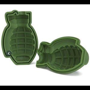 Grenade mold